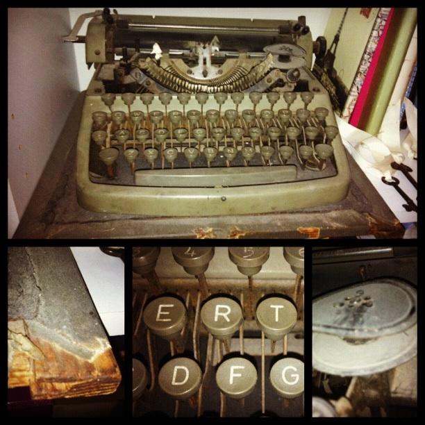 Snapshots of my grandfather's typewriter