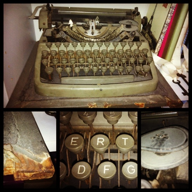 Snapshots of my grandfather's typewriter